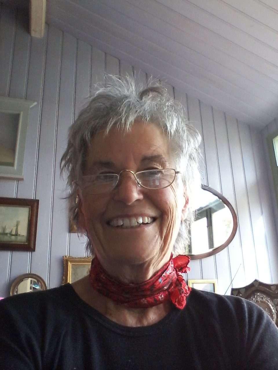 Volunteer Helen Wales